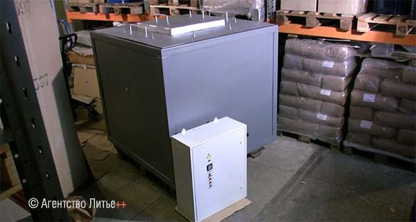 Плавильно-раздаточная печь ESF-BU300