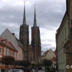 Литые гномики на улицах Вроцлава